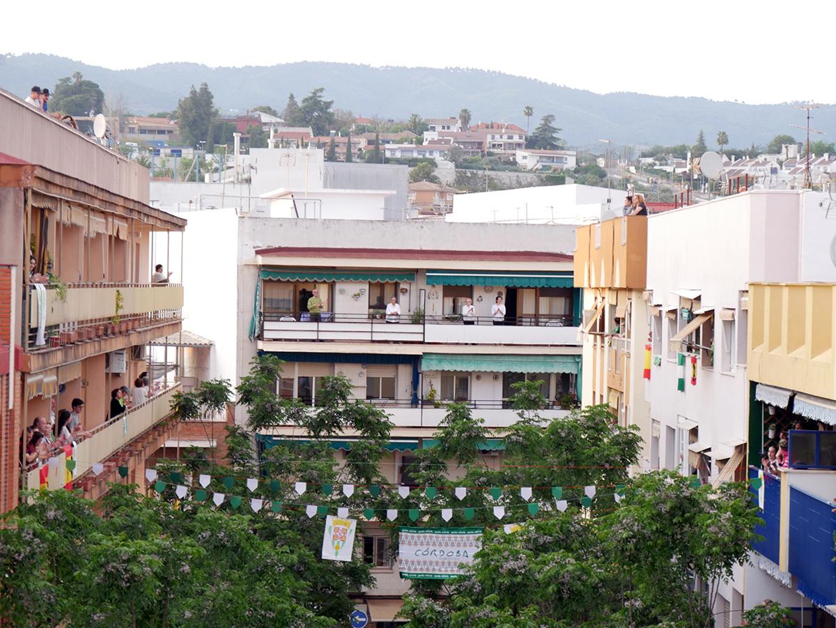 El Himno del Córdoba, música de unión en los balcones Fuente: @CórdobaCF_ofi