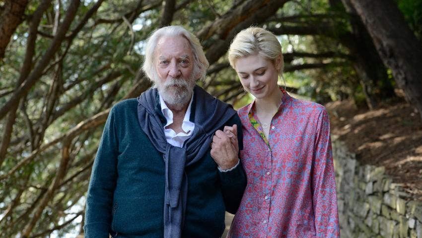Donald Sutherland y Elizabeth Debicki en el rodaje de 'Una obra maestra'. /Fuente: Filmax.