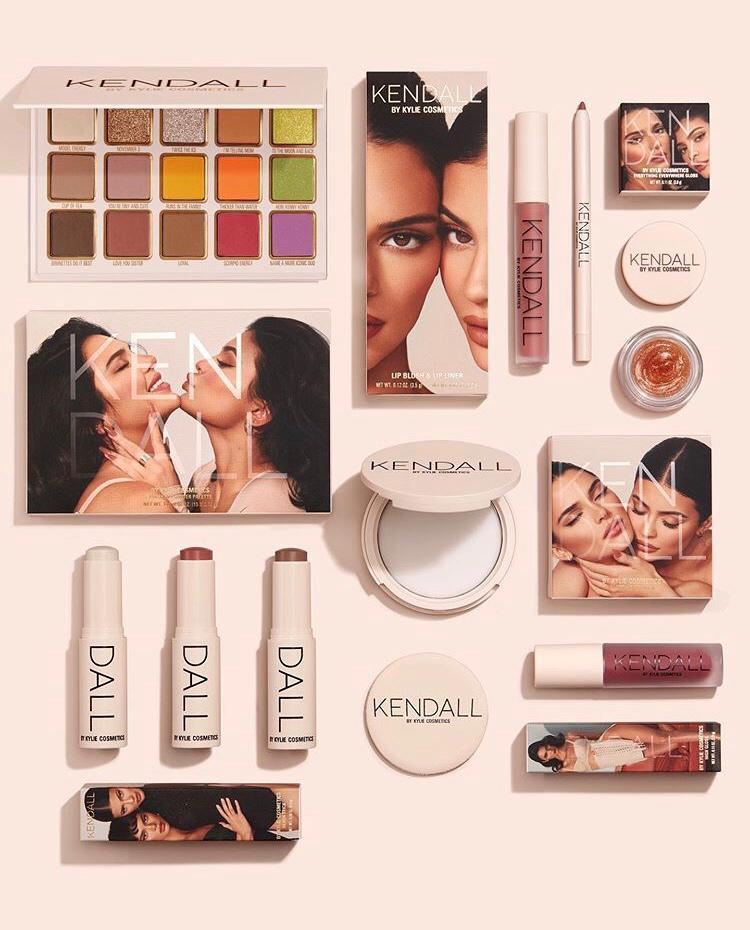 Kylie Jenner Kendall Jenner