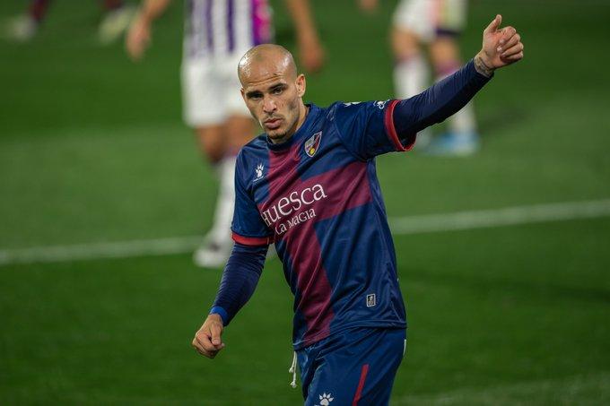 Sandro Ramírez celebrando su primer gol como azulgrana | @SDHuesca