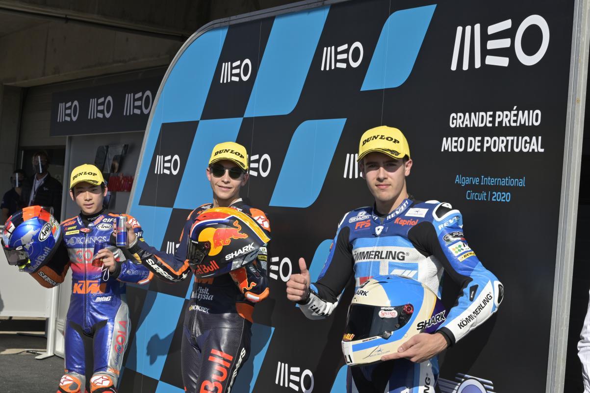 Raúl Fernández consigue la pole position