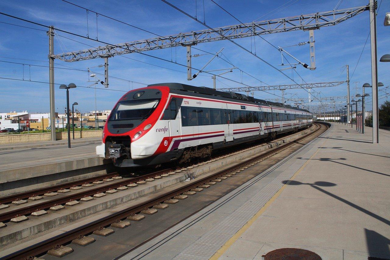 Tren de la Red Nacional de Ferrocarriles Españoles
