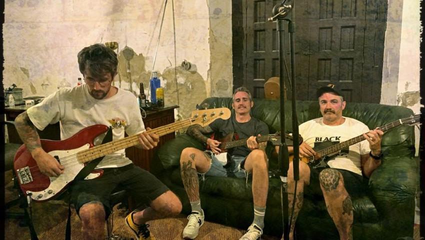 The Mexican Sugar Skulls lanzan un single llamado 'Out the door' para el EP llamado 'Suertudo'