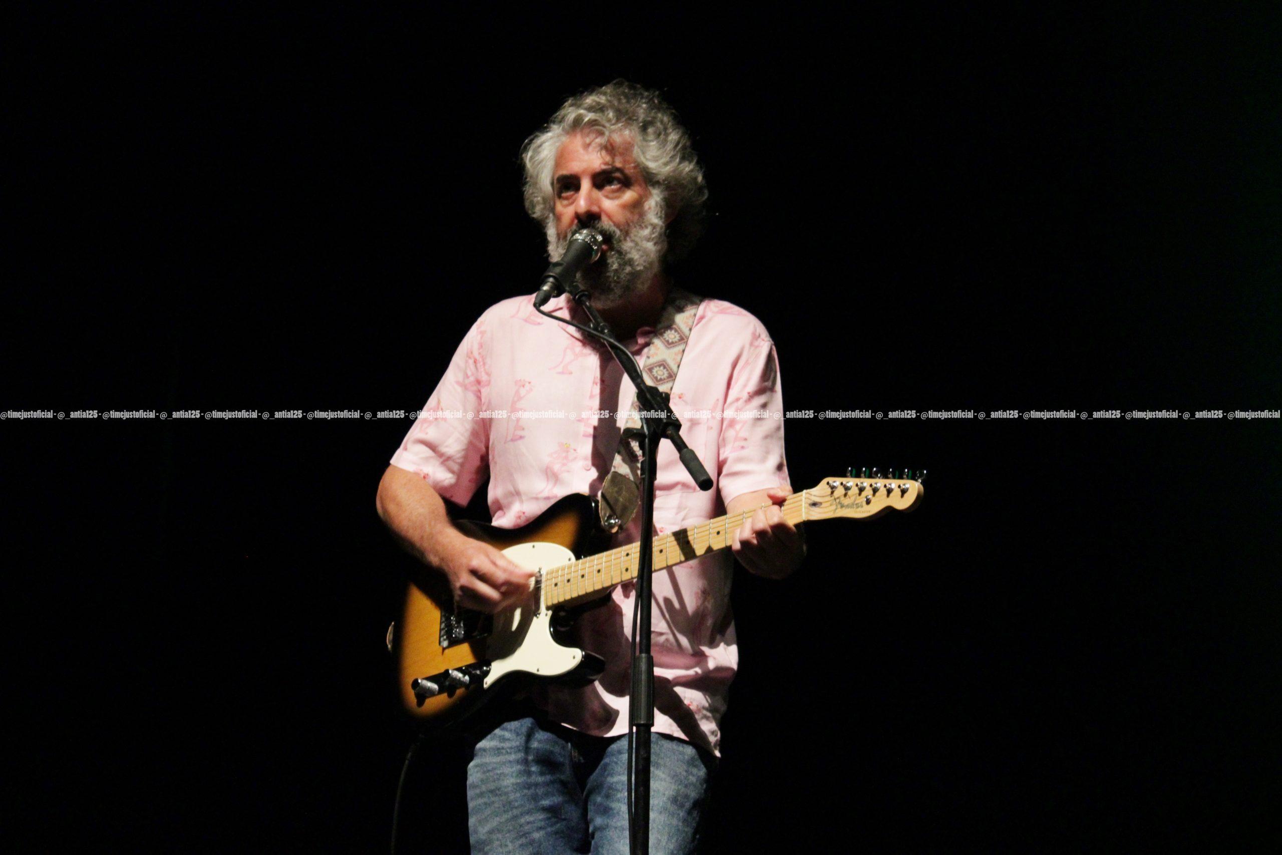 Concierto de Sr. Chinarro en el Festival TerraCeo de Vigo con el teloneo de Moon Cresta (19-06-2021) (1)